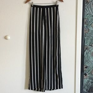 Pants - Striped wide leg pants